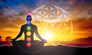 ENERGY THERAPIES. Reiki with chakras